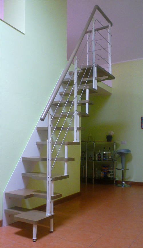 Scale per soppalchi piccoli spazi scale a rampa lineascale - Scale a rampa per interni ...