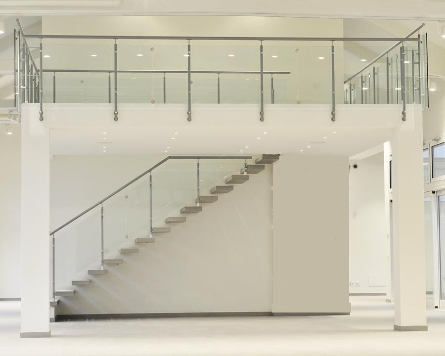 Ringhiera vetro ringhiere per scale interne soppalchi o - Ringhiere in vetro per scale interne prezzi ...