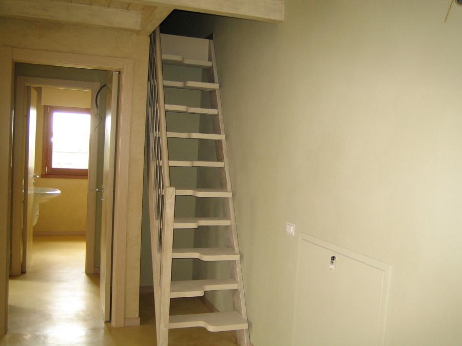 Scale soppalco piccoli spazi legno metallo marinara - Scale interne piccoli spazi ...